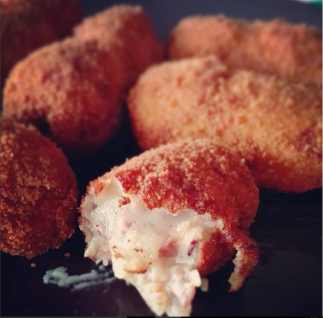 Home-made ham and blue cheese croquettes
